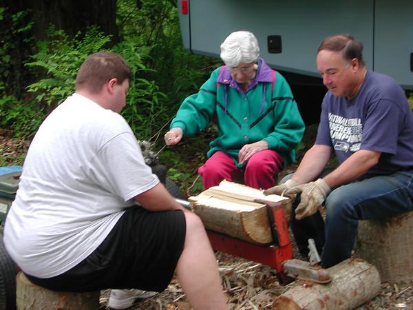 Gold Bar Wood Splitting - Memorial Day 2007